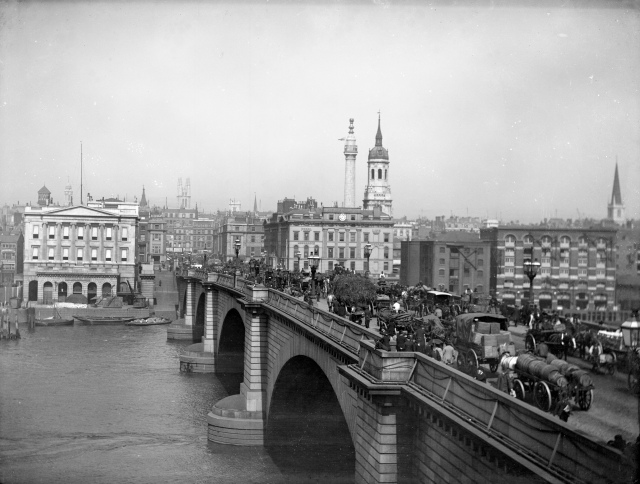 1232416 London Bridge 1880
