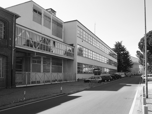 Olivetti complex in via Jervis: first extension Architect Figini