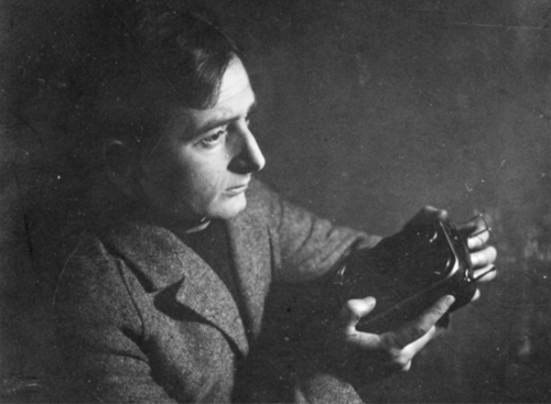 Dziga Vertov with Kinamo (lid off) correct view